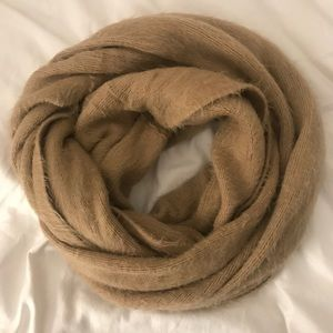 Super soft Nordstrom tan infinity scarf
